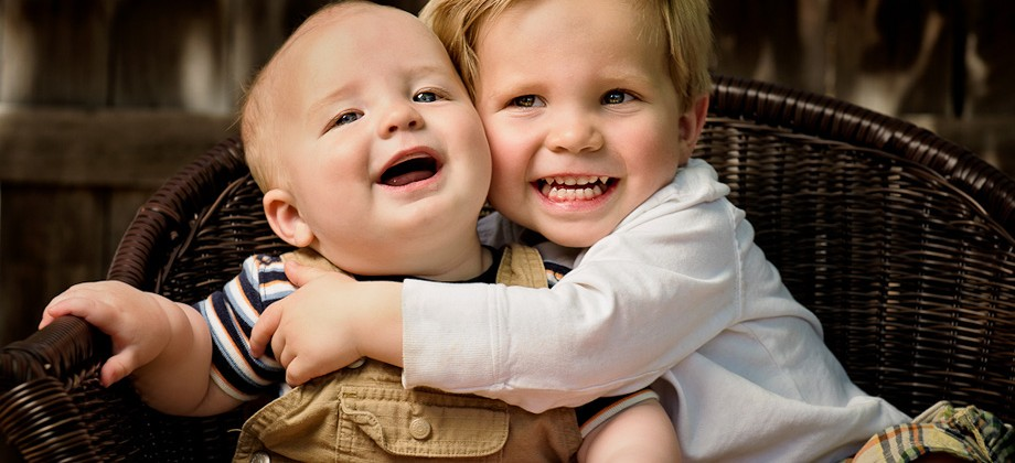 Brotherly Love and the Cookie Takeover: <span>Denver Family Photography</span> Feature Image